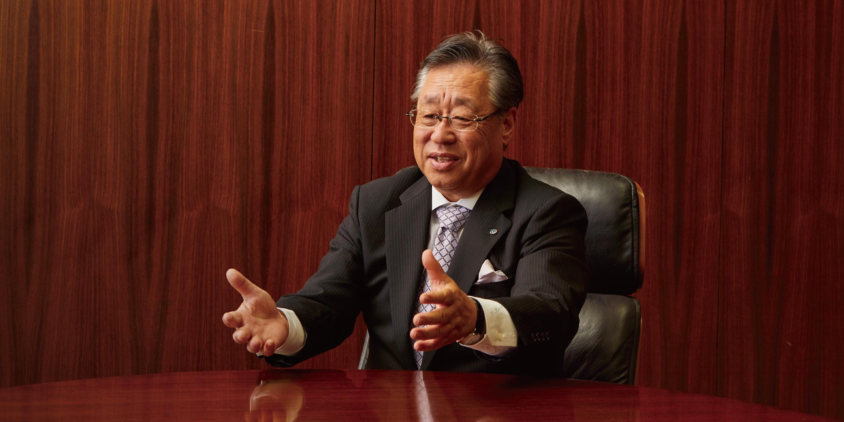 専務取締役 黒田 哲治